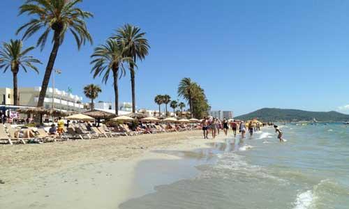 Dormir en Ibiza cerca de la Playa d'en Bossa